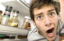 Фото - Як позбавитися від запаху в холодильнику