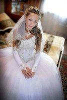 Фото - Як підібрати прикраси до весільної сукні