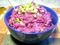 Фото - Як приготувати салат з буряка і капусти?
