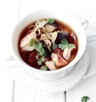 Фото - Як приготувати тайський суп з грибами і креветками