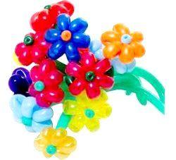 Як зробити квітку з кульок ковбасок?