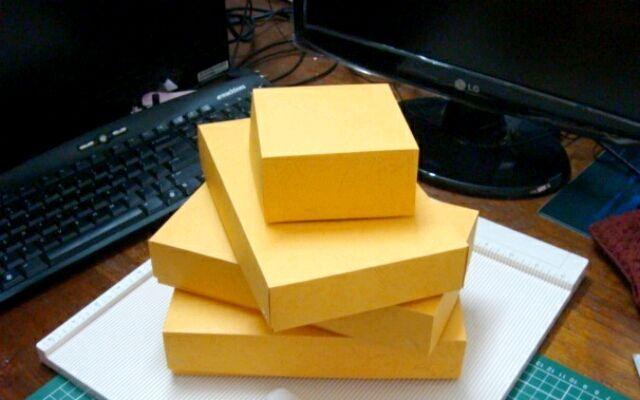 Як зробити коробочку для закоханих?
