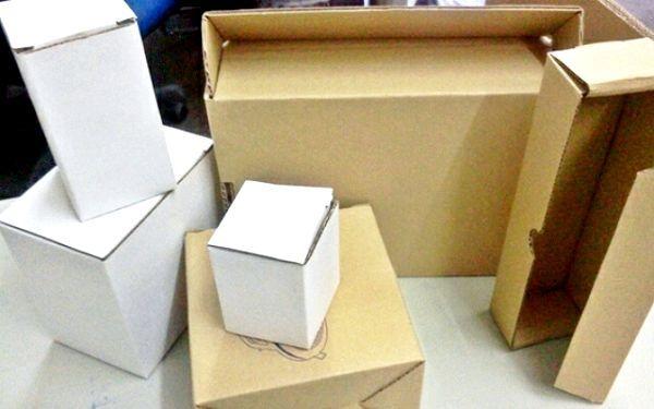 Як зробити коробочку з картону?