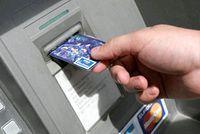 Фото - Як зняти гроші з кредитки в банкоматі?